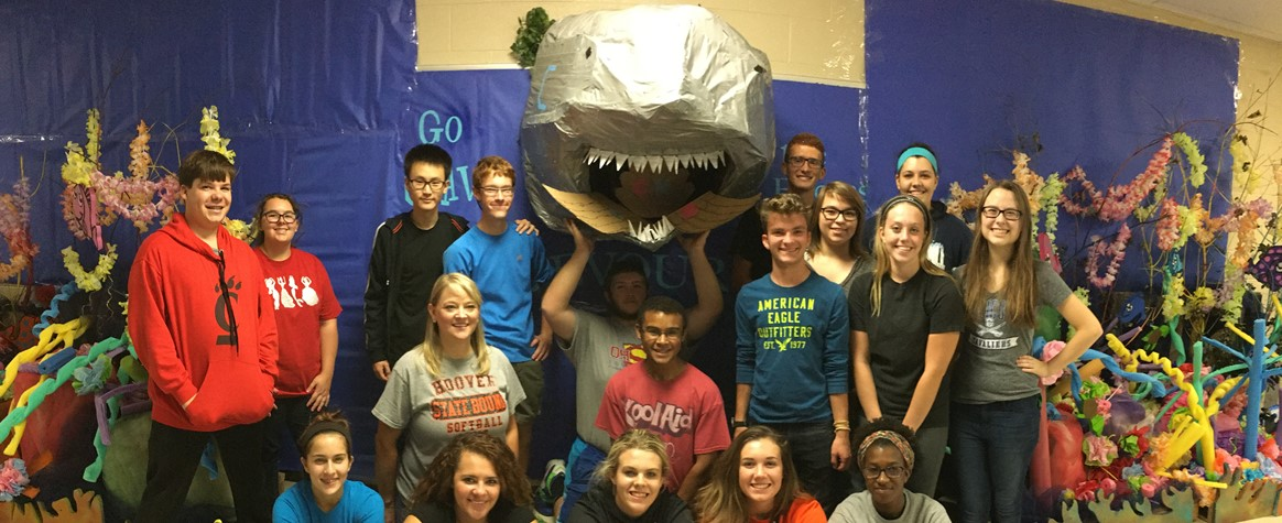 <b> Members of the Class of 2018 brought the Great Barrier Reef to CHS</b>